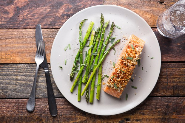 Oven baked mustard crusted salmon for Triple tail fish recipes